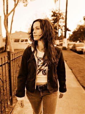 ilCorSaRoNeRo.live - Alanis Morissette - MTV Unplugged ...