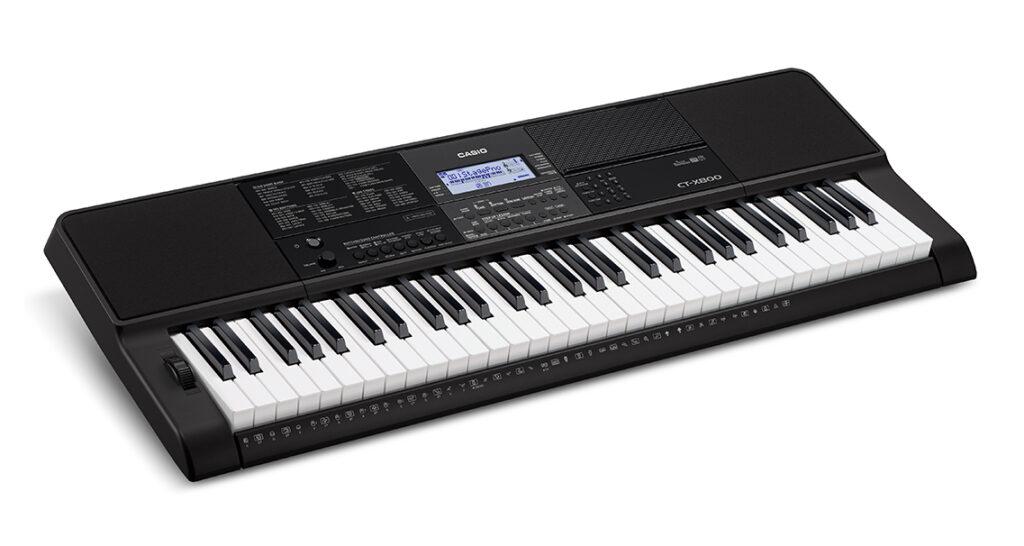 CT-X800, teclado da marca Casio, ideal para iniciantes