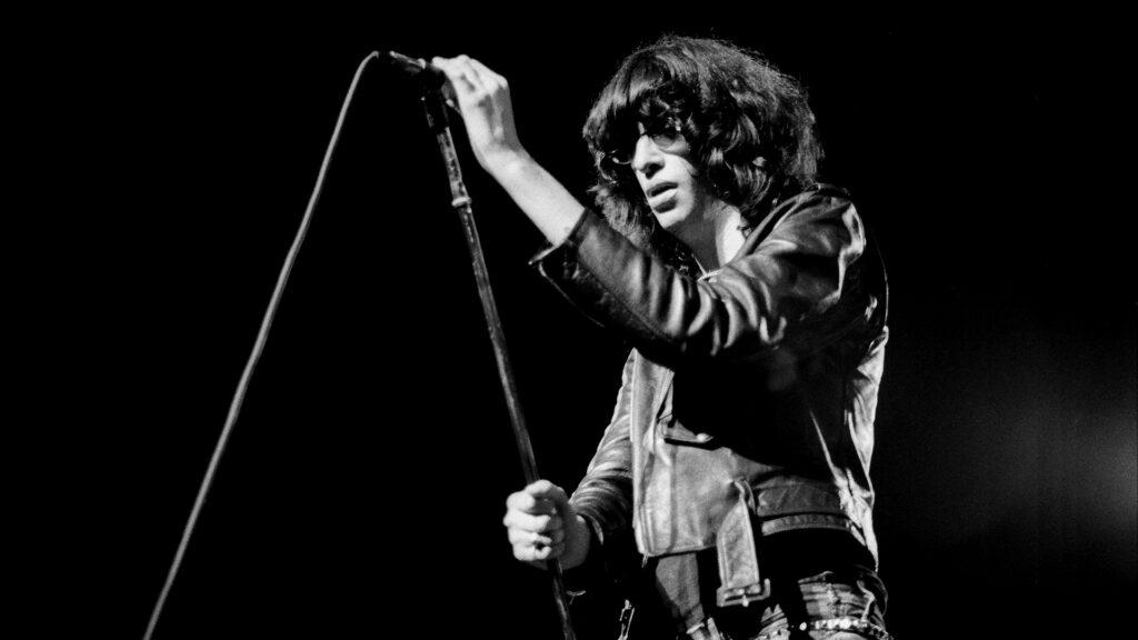 Joey Ramone foi vocalista dos Ramones por cerca de 20 anos