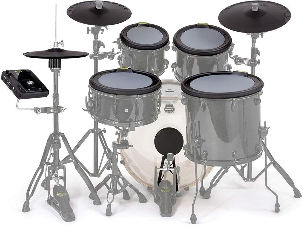 Versão eletrônica do instrumento é alternativa para tocar bateria sem fazer barulho