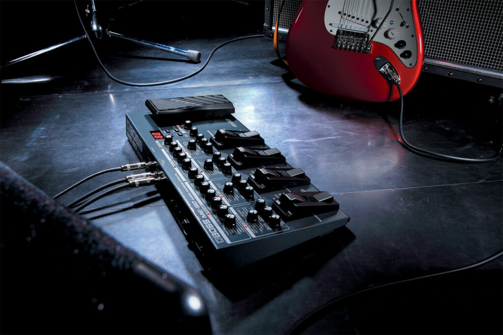 Pedaleira de guitarra modelo ME 80, da Boss