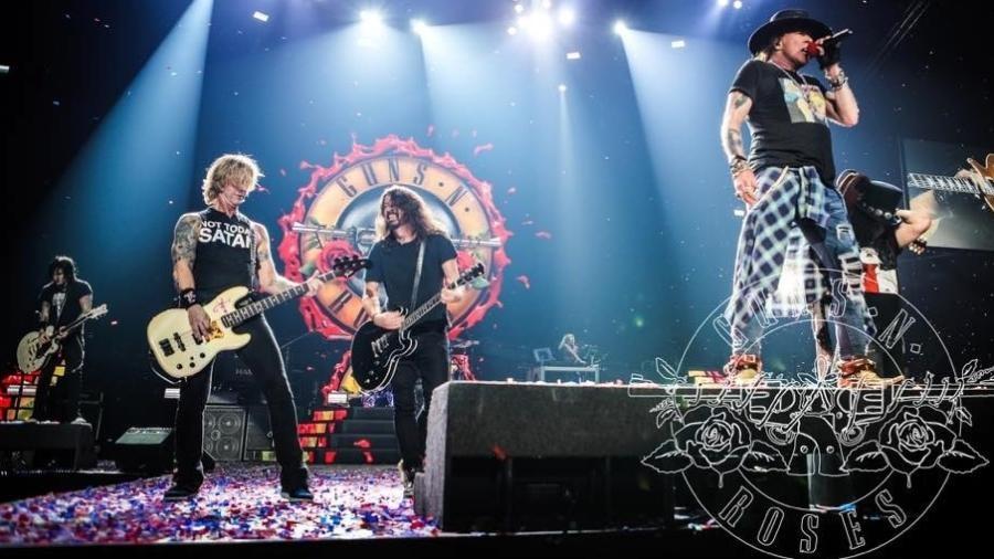 Dave Grohl, um músico que cabe em qualquer banda de rock, tocando com o Guns N' Roses