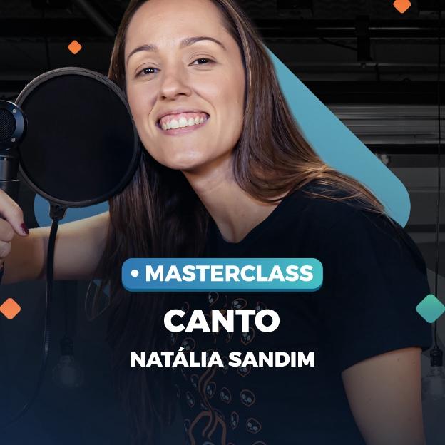 A instrutora de canto Natália Sandim posa na imagem com o título: Masterclass Canto