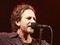 Pearl Jam anuncia que doará US$ 100 mil para a cidade de Mariana