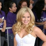 Imagem do artista Tiffany Thornton