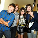 Imagem do artista Selena Gomez & The Scene