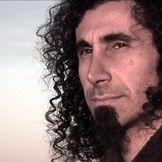 Imagem do artista Serj Tankian