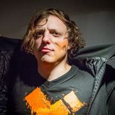 Imagem do artista Robert DeLong