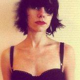 Imagem do artista PJ Harvey