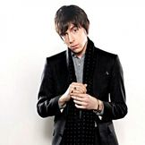 Imagem do artista Miles Kane