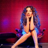 Imagem do artista Thalía