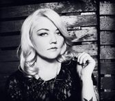 Photo of Elle King
