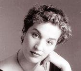 Photo of Dulce Pontes
