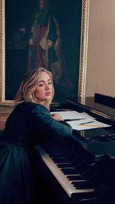 Photo of Adele