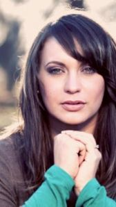 Photo of Christine D'Clario