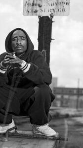2Pac (Tupac Shakur) ...