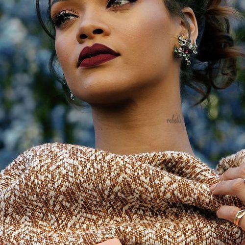 Love On The Brain - Rihanna - Cifra Club