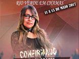 Cantora Hellen Soares