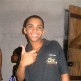 Imagem de EMERSON(Chaverinho da Nira Guerreira)