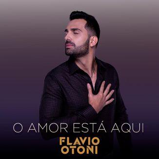 Foto da capa: O Amor Está Aqui