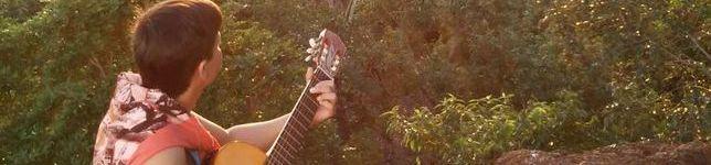 Edilson Tharlys voz e violão