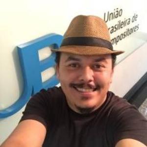 Nando Correia COMPOSITOR