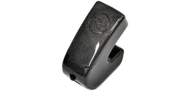 el ebow es un pequeño dispositivo manual que sirve para tocar la guitarra
