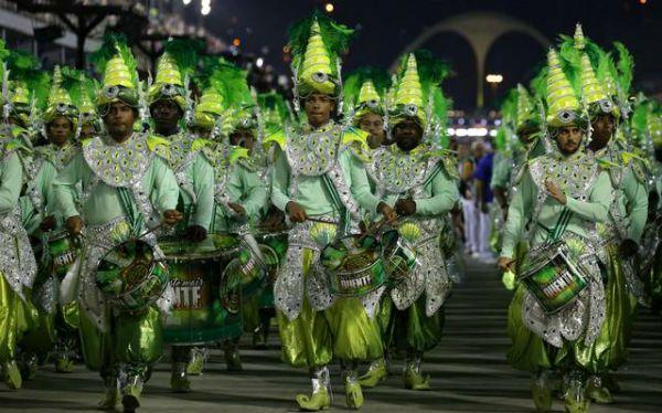 Mocidade indepéndente, escola de samba