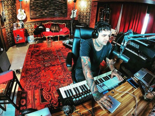Lucas Silveira, músico e produtor