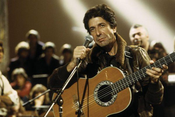 Leonard Cohen, o poeta da dor e do prazer