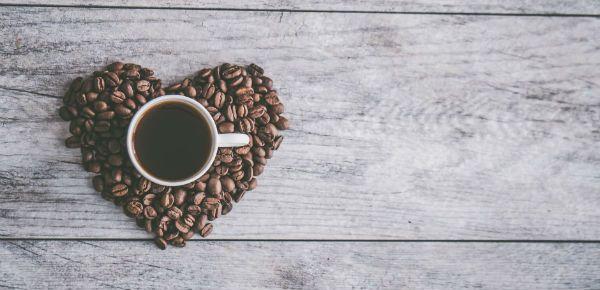 Cafeína prejudica o bom desempenho vocal