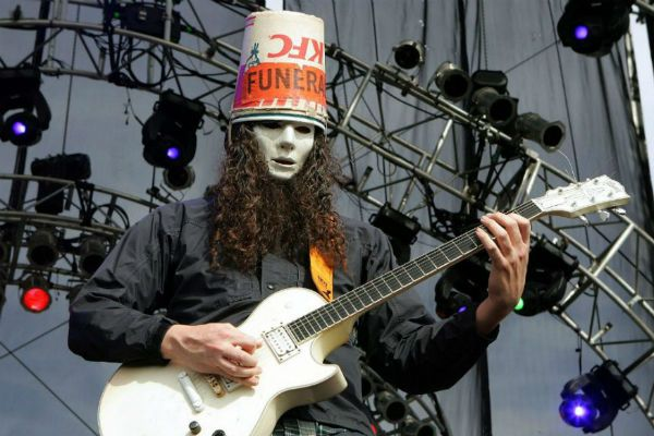 Buckethead, guitarrista que tocou no Guns N' Roses