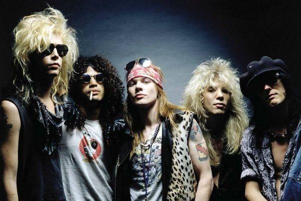 A formação clássica Guns N' Roses f tocou junta entre 1985 e 1990