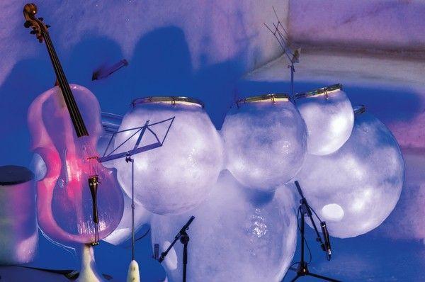 Violoncelo e bateria de gelo fazem parte da Ice Music