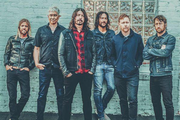 Membros da formação atual do Foo Fighters
