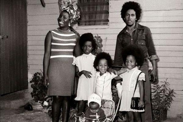 Rita Marley, Bob Marley e quatro dos filhos do casal