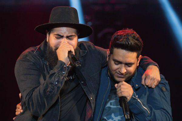 Henrique e Juliano, durante apresentação ao vivo