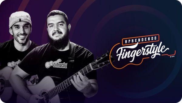 Leo Eymard e Gustavo Fofão, instrutores do CifraClub, tocam violão fingerstyle