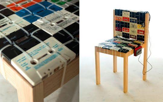 cadeira feita com fita k7