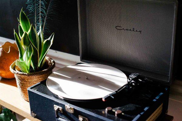 Um toca disco vintage não faz bem para a saúde de um disco de vinil