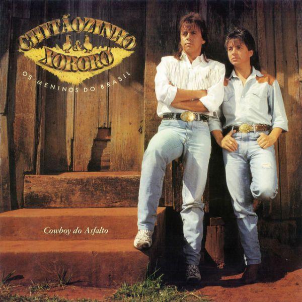 Chitãozinho & Xororó lançaram a música Evidências em 1990