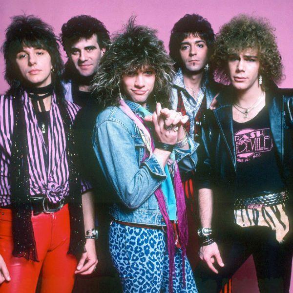 Bon Jovi nos anos 80, época em que começou a viver o auge