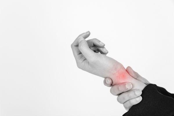 Dores nos punhos nunca são bons sinais