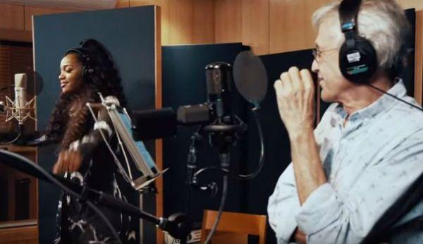 """IZA e Caetano Veloso gravam """"Divino Maravilhoso"""" em estúdio"""