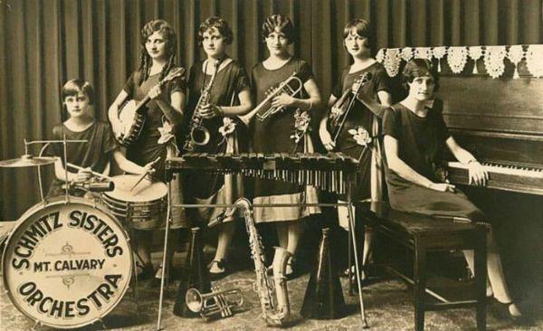 Smith Sisters Orchestra, uma das gigs de Viola