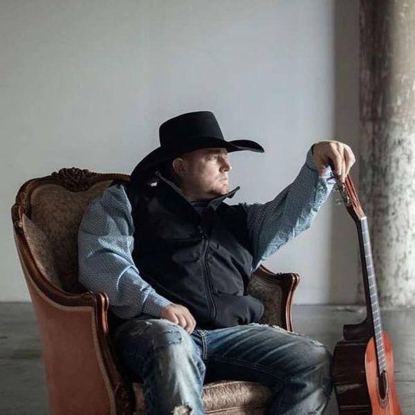 Justin Carter era promessa da música country