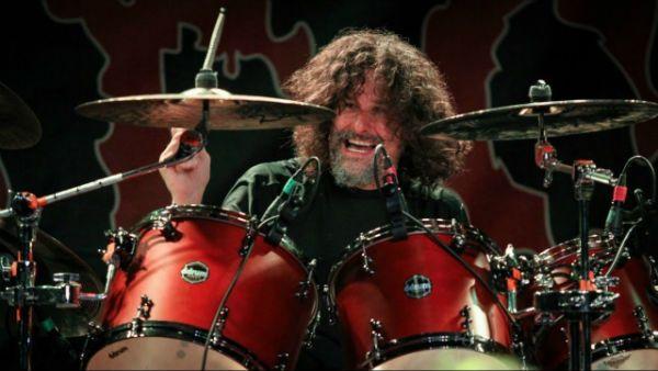 Paul Mazurkiewicz e o Cannibal Corpse ajudaram a popularizar o death metal