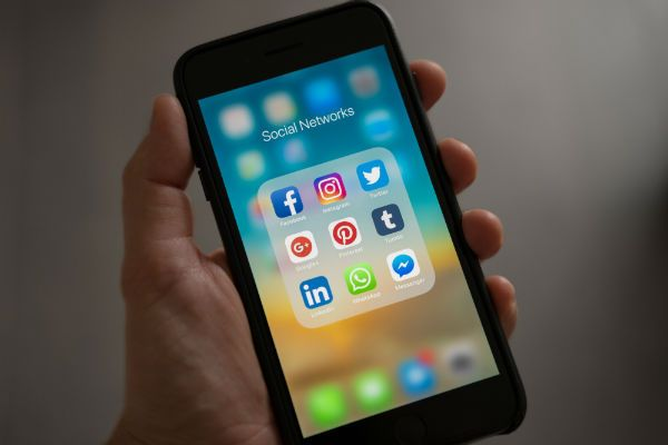 Não deixe de compartilhar o post nas suas redes sociais