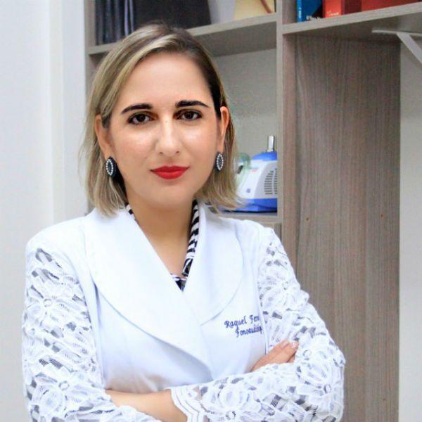 Dra. Raquel Barbosa, fonoaudióloga
