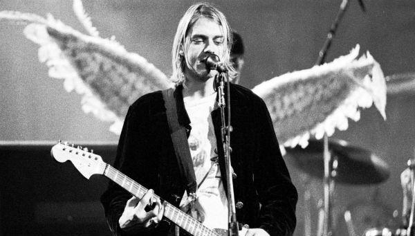 Kurt Cobain era canhoto